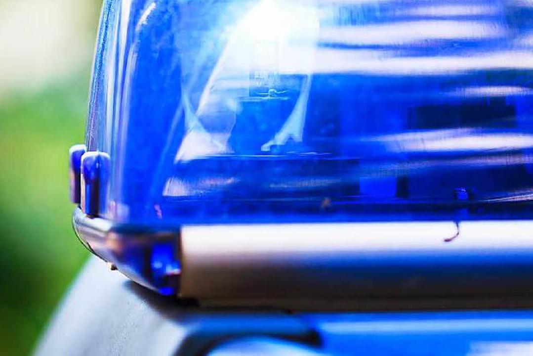 Ein Autofahrer missachtete die Vorfahr... und beging anschließend Unfallflucht.  | Foto: Dominic Rock