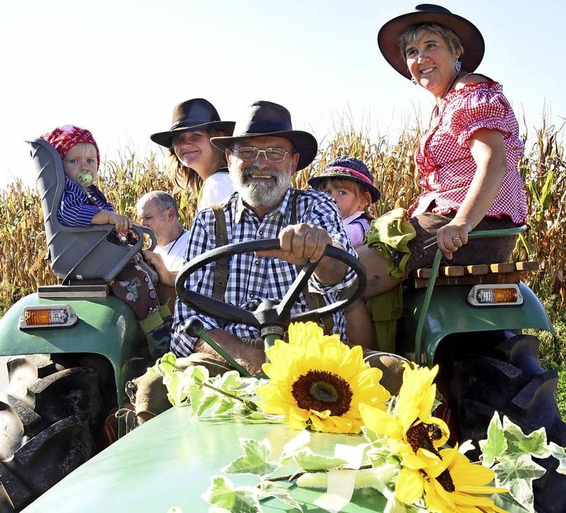 Ein Traktor hält viele Generationen  | Foto: Markus Zimmermann