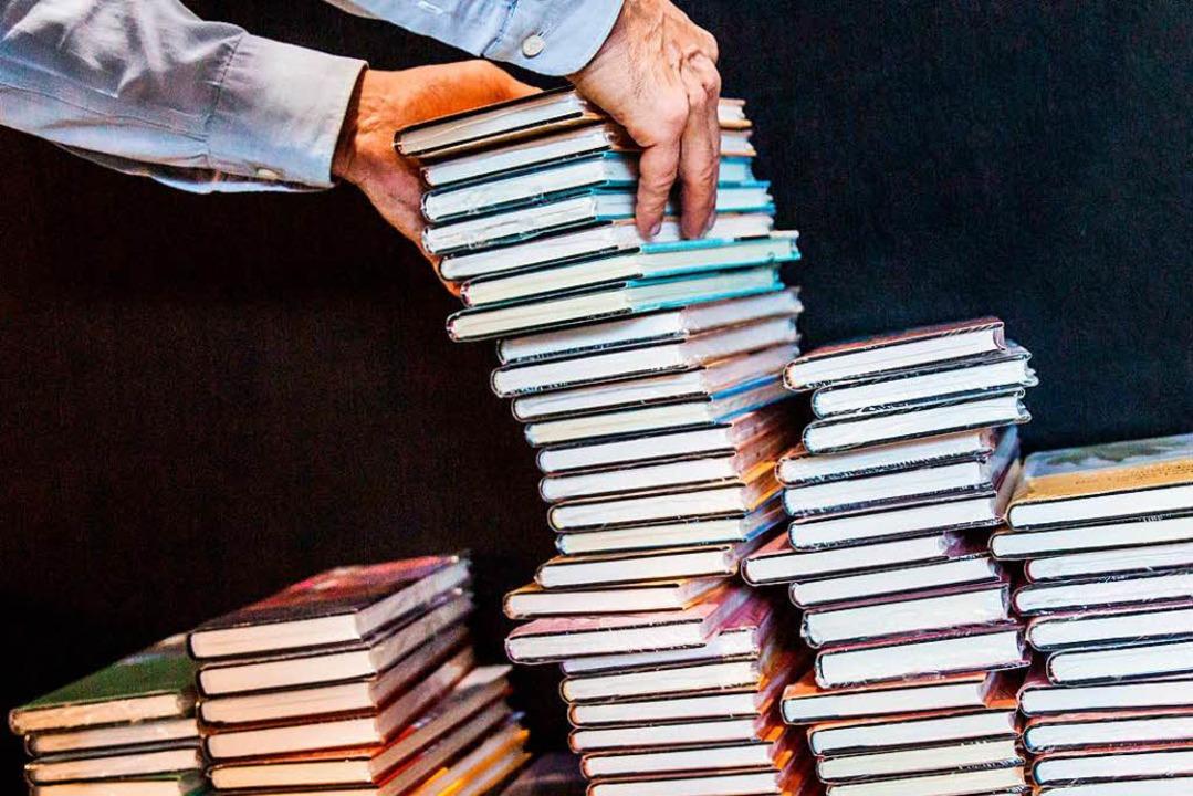 Welches ist der beste deutschsprachige...r Deutsche Buchpreis beantworten soll.  | Foto: dpa