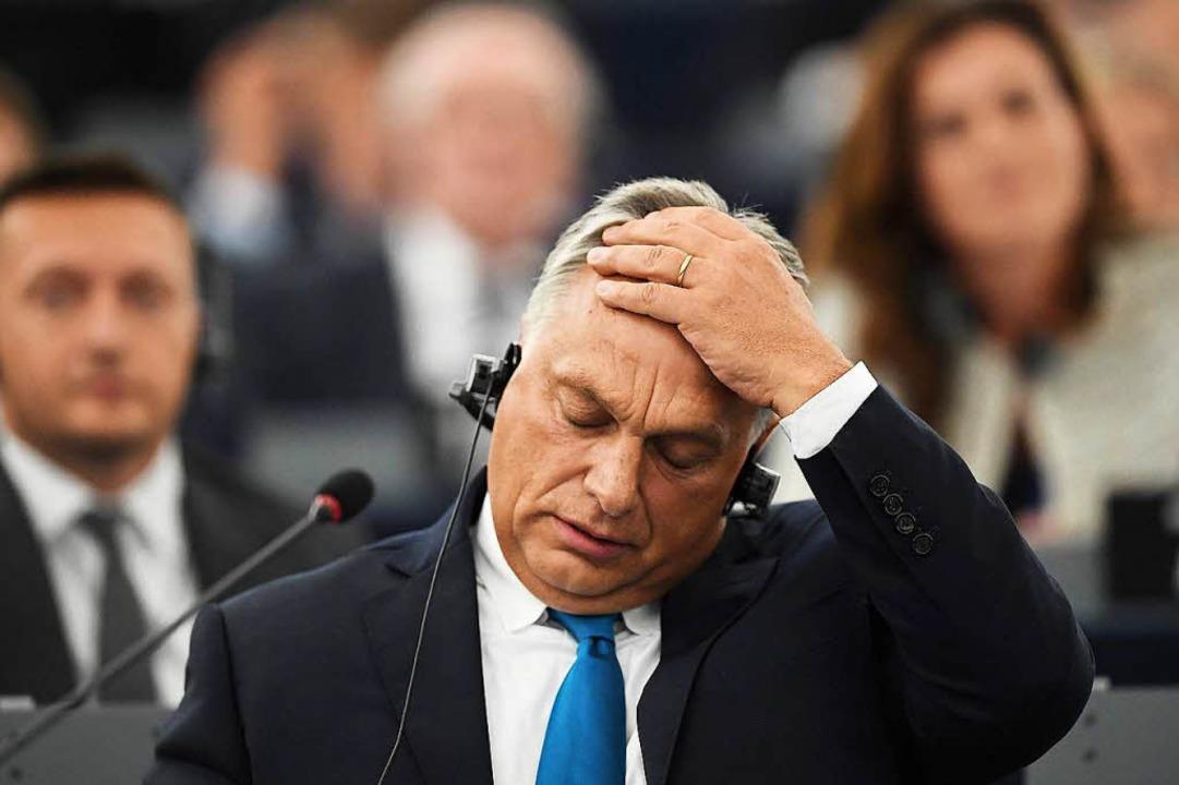 Ungarns Premierminister Viktor Orban während der Debatte.  | Foto: AFP