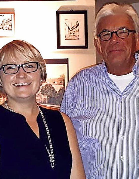 Ramona Frank (Vorsitzende) und Peter C...25 Jahre aktive Mitgliedschaft geehrt)    Foto: PrivaT
