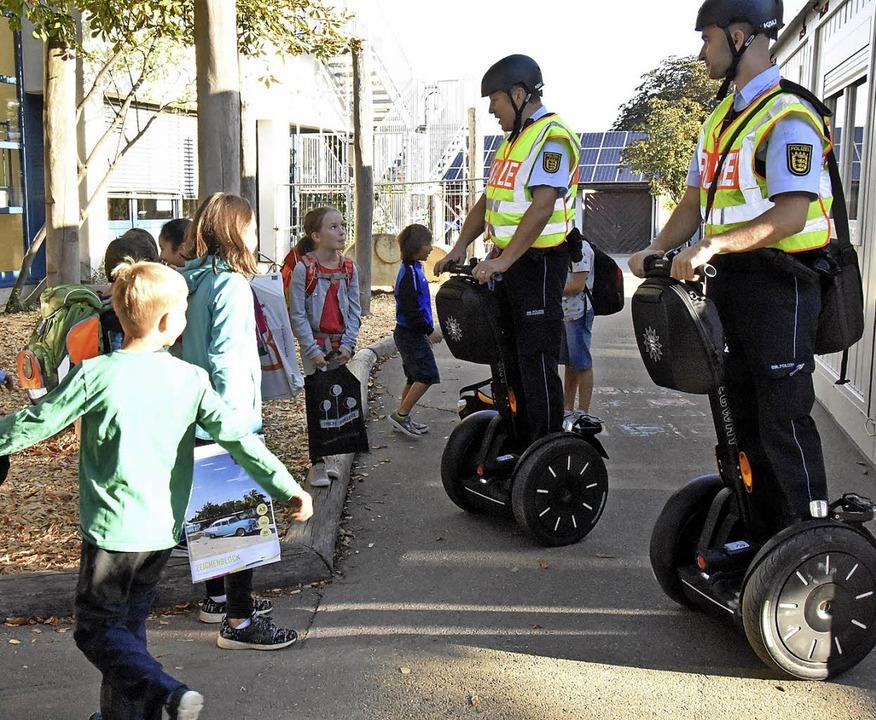 Ziel der Polizei ist, die Aufmerksamke...nderer Verkehrsteilnehmer zu bekommen.  | Foto: Andrea Steinhart