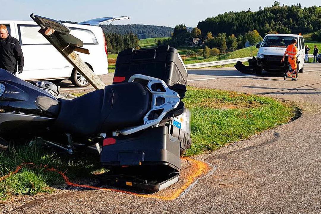 Zu einem tödlichen Motorradunfall ist es am Mittwochabend bei Breitnau gekommen.  | Foto: kamera24