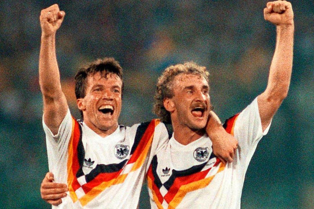Die All-Star-Elf der unfreiwilligen Ko...har Matthäus (l.). Rechts Rudi Völler.  | Foto: dpa