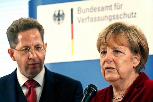 Merkel für Ablösung Maaßens? Koalition unter Druck