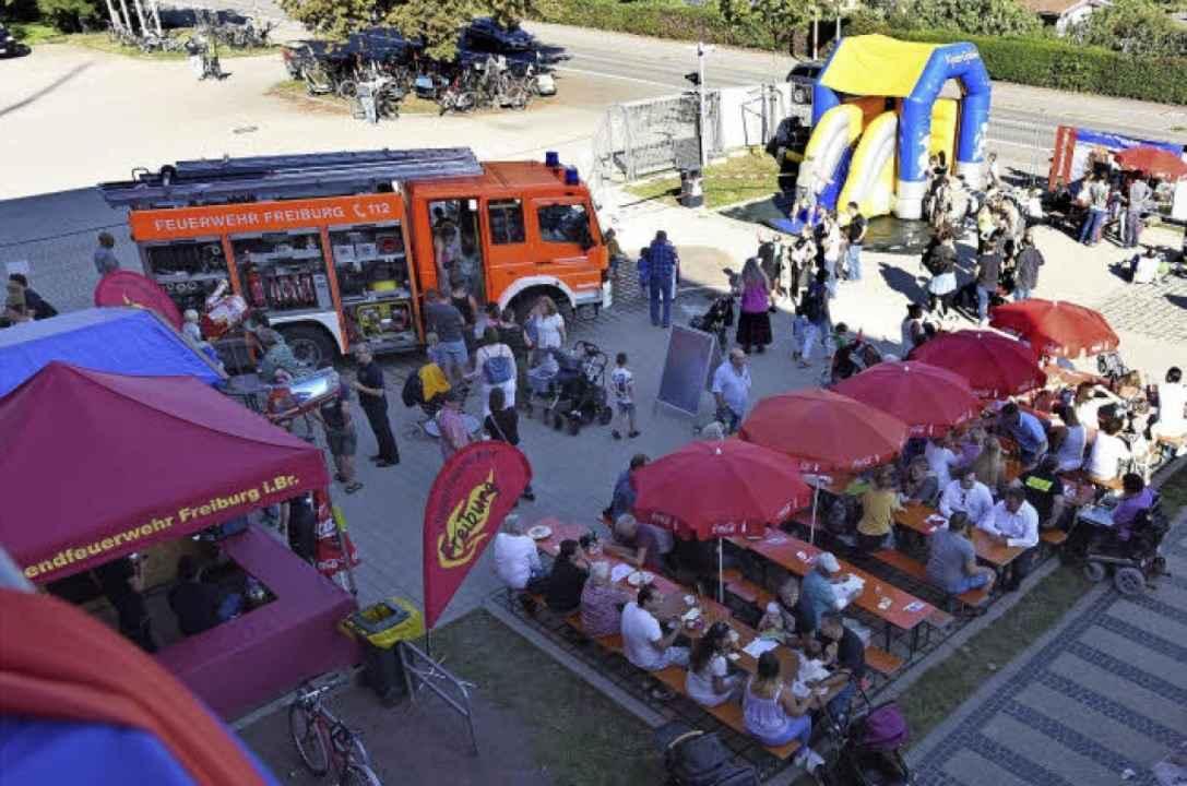 Essen, Trinken – und ein Feuerwehrauto: Am Wochenende war Hock an der Hauptfeuerwache