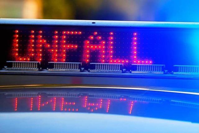Rheinfelden: 26-Jährige kracht gegen Metallpfeiler