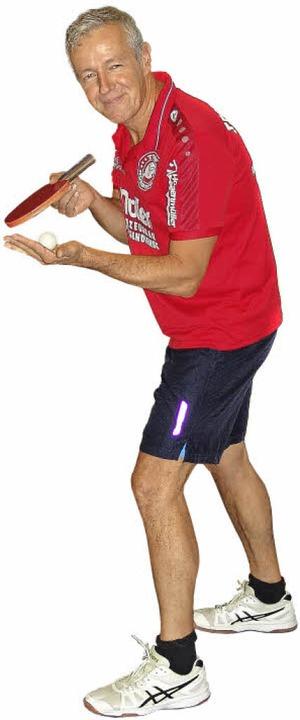 Michael Feißts sportliche Zuneigung gilt dem kleinen Ball.  | Foto:  F. Rohrer