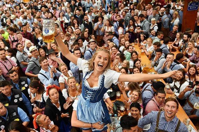 Das Münchner Oktoberfest ist eröffnet – mit zwei Schlägen ins Fass