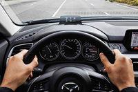 Welche Funktionen sie beim Neuwagen-Kauf kennen sollten
