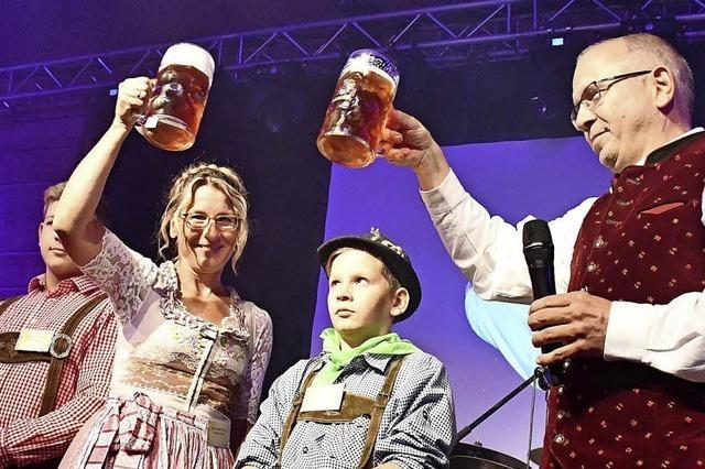 Tausende feiern im Lasser-Stadl