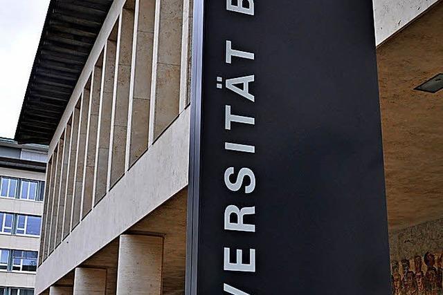 Uni Basel spart, indem Professuren unbesetzt bleiben