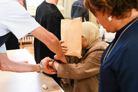 Familie steht wegen Mordanschlags auf 17-jährige Tochter vor Gericht
