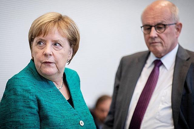 Die Wahl des Fraktionschefs ist auch eine Abstimmung über Merkel