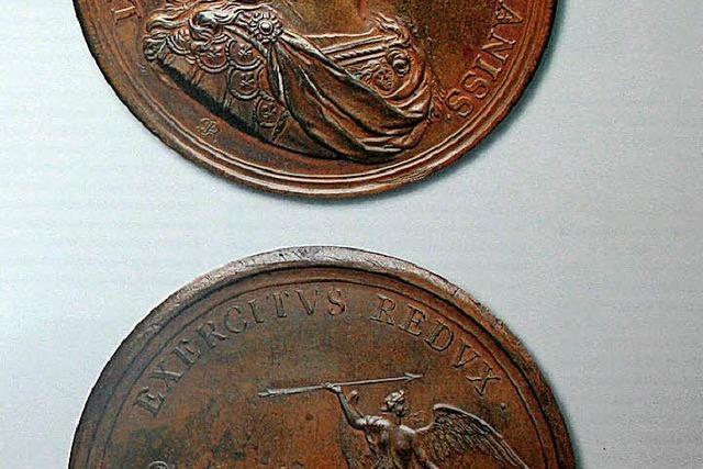 Die Seiten der Medaillen auf einen Blick