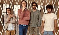 Erlend Øye und die Band La Comitiva treten im Jazzhaus auf