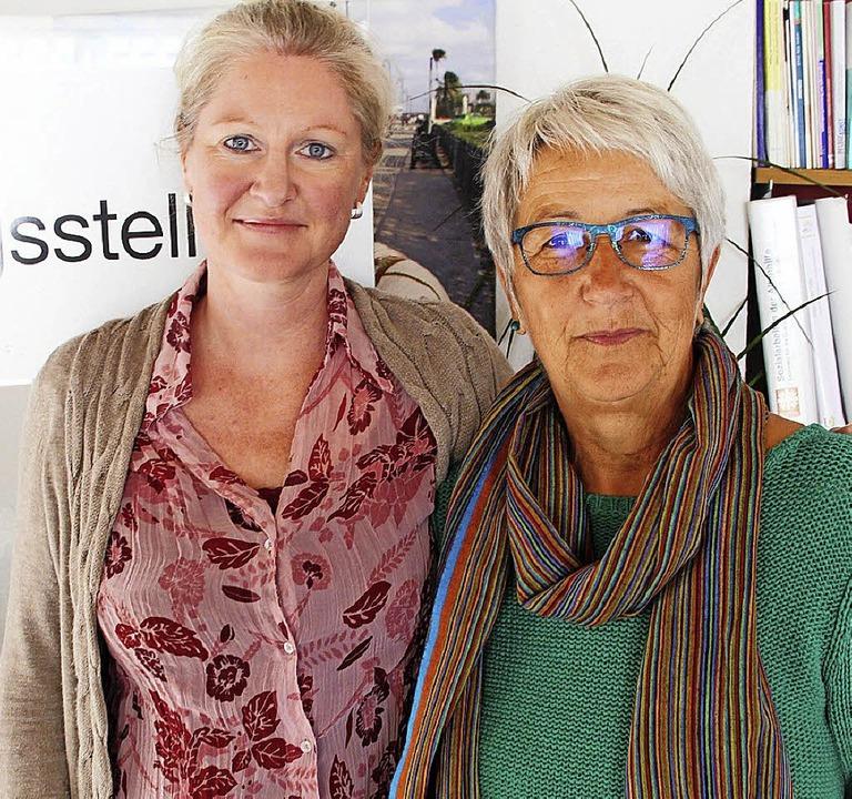 Nora Vogel (links) folgt zum  Jahresen...orch als Leiterin der Beratungsstelle.  | Foto: David