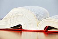 Legen Mieter falsche Bescheinigungen vor, kann der Mietvertrag fristlos gekündigt werden