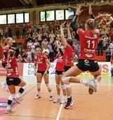 Perfekte Leistung zum richtigen Zeitpunkt: Offenburgs Volleyballfrauen führen Zweite Liga an