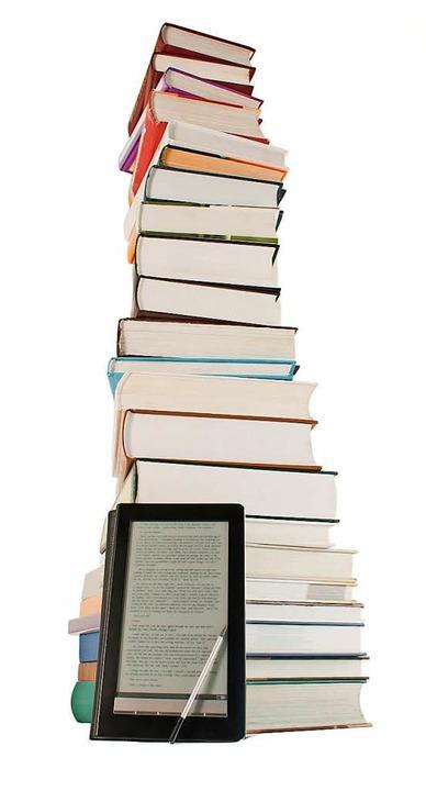 Viele, viele Bücher passen in einen E-Book-Reader.  | Foto: -