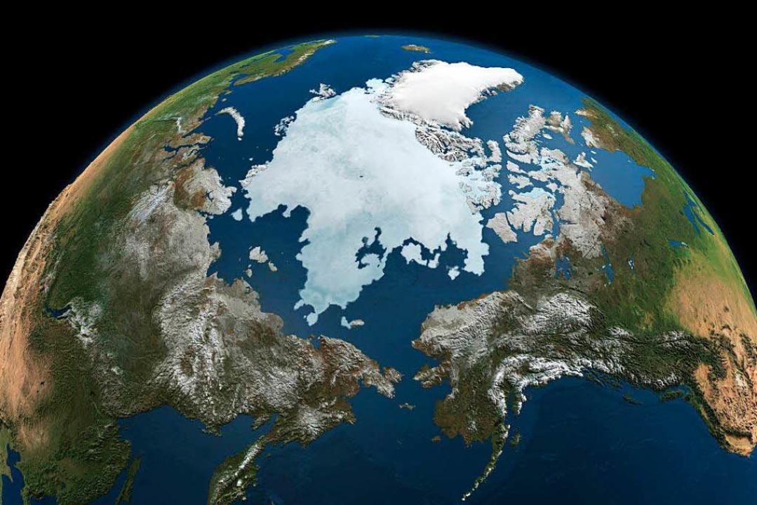 Die Eisfläche der Arktis schwindet als Folge der Klimaerwärmung.  | Foto: dpa