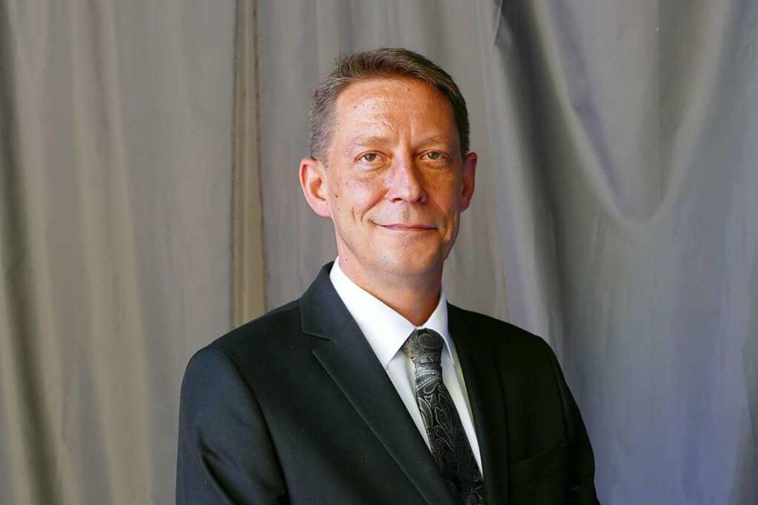 Ralf Özkara, Landesvorsitzender der Af...er Oberbürgermeisterwahl in Offenburg.  | Foto: Ralf Burgmaier