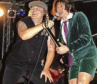 Mit der der AC/DC-Coverband Barock in Löffingen