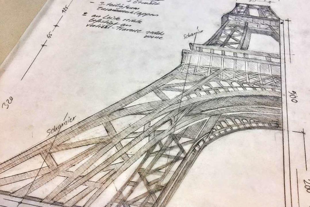 Monika Ziefle fertigt von jedem Bühnen... akribische technische Zeichnungen an.    Foto: Europa-Park