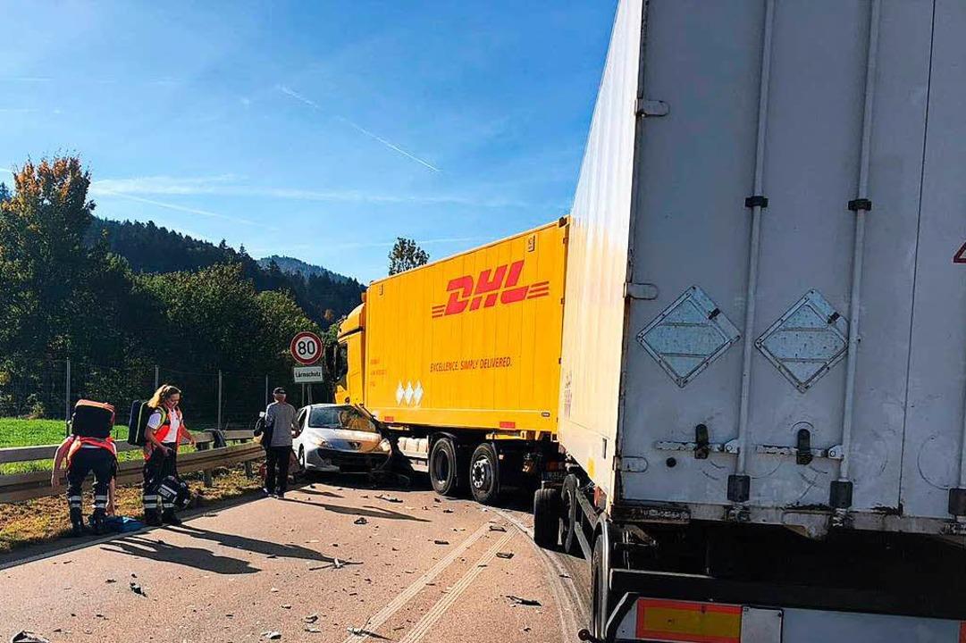 Unfall auf der B 294 bei Waldkirch  | Foto: FFW