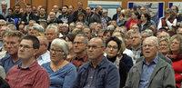 Bürger setzen Diskussionsrunde durch