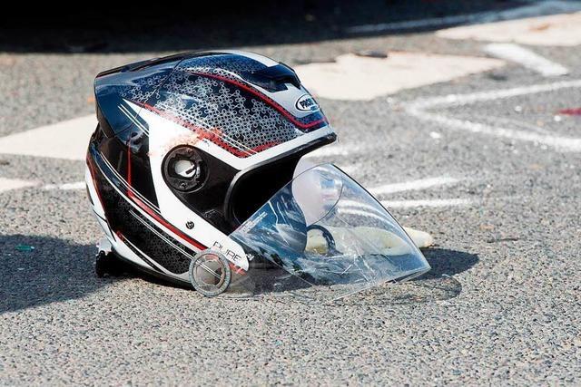 Biker bei St. Märgen verletzt – Autofahrer begeht Unfallflucht