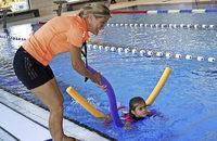 Applaus für Schwimmer und Läufer