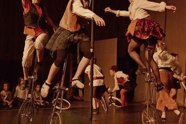 Beim Zirkus Harlekin zeigen diesmal Piraten auf Weltreise ihre Kunststücke