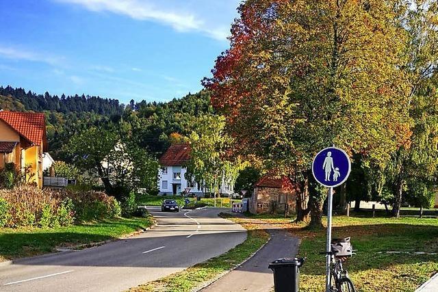Von Fußwegen und Querungshilfen