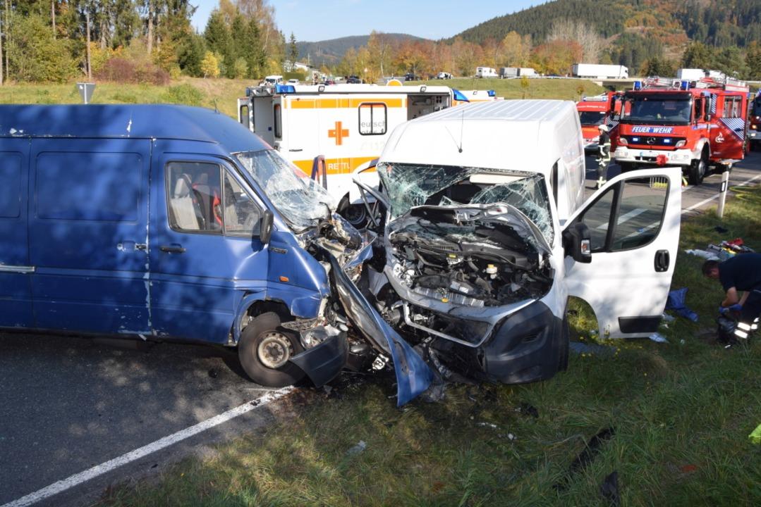 Die Unfallstelle auf der B31    Foto: kamera24