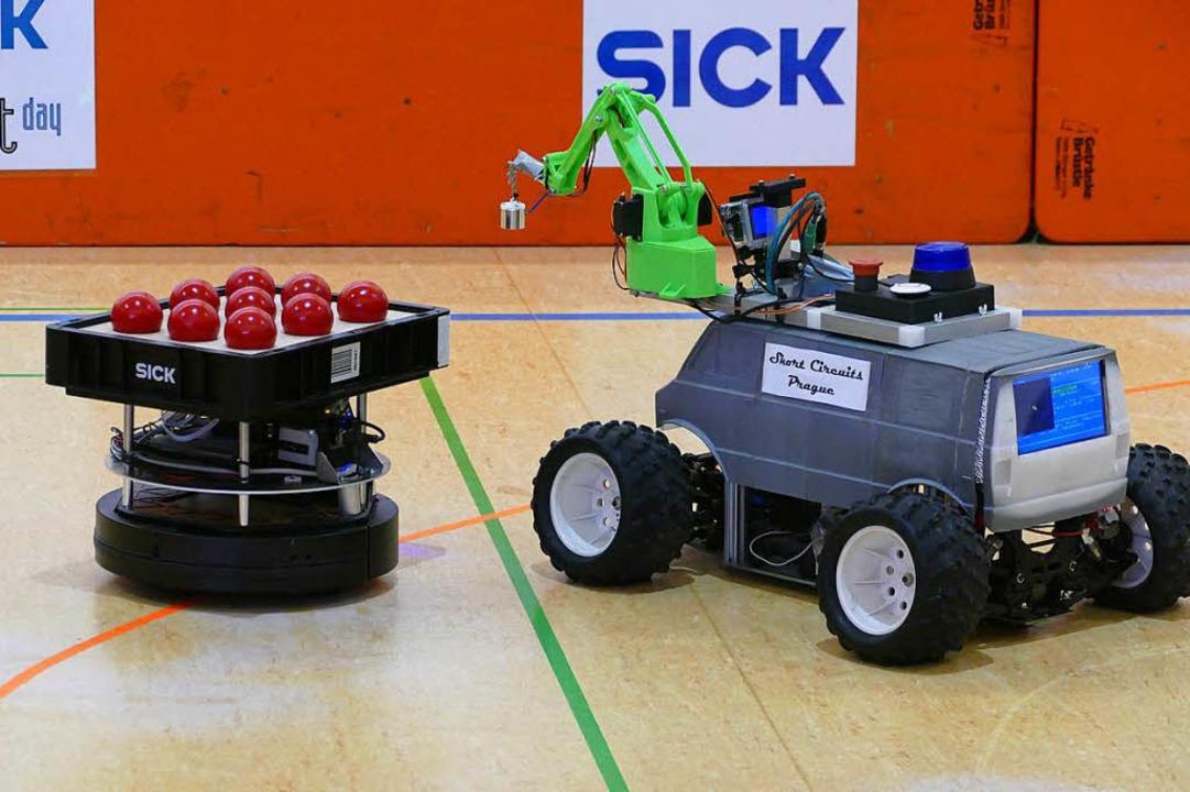 Ein bisschen wie aus dem Kinderbaukast...h dieses Roboterfahrzeug aus Prag aus.  | Foto: Sylvia Sredniawa
