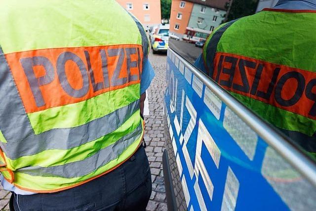 Fußballfan filmt Polizeikontrolle und muss 1600 Euro Strafe zahlen