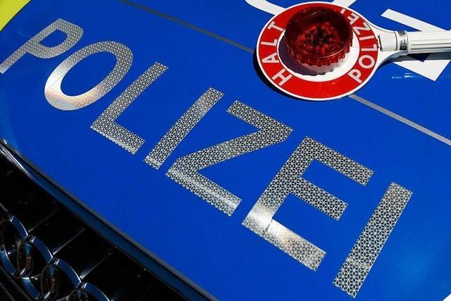 51-Jähriger mit Alkohol am Steuer – Polizei sucht Zeugen