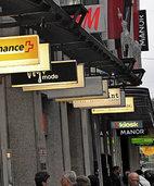 Läden in Basel sollen an sechs statt drei Abenden länger öffnen