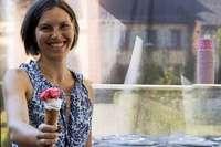 Caroline Dietsche ist auf der Suche nach dem perfekten Eis