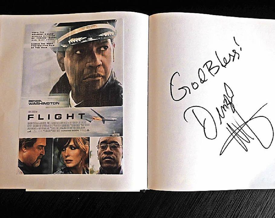 Prominenz im Offenburger Kino-Gästebuch: Denzel Washington.  | Foto: Dierk Knechtel