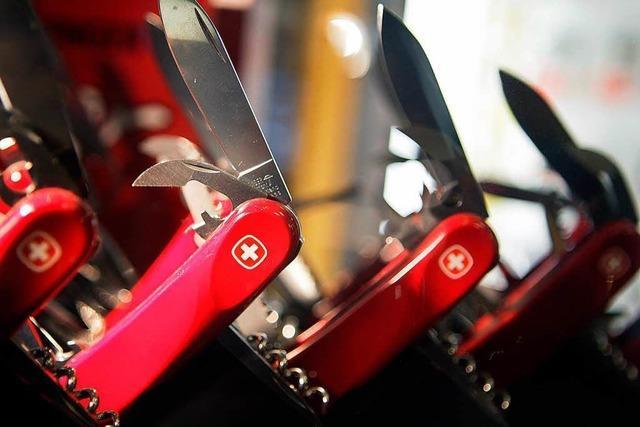 Um das Schweizer Armeemesser tobt ein Markenstreit