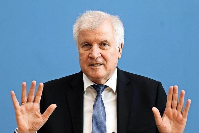 Seehofer deutet erstmals möglichen Rücktritt als CSU-Chef an