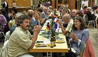 Viele kamen über den Rhein zur Feier
