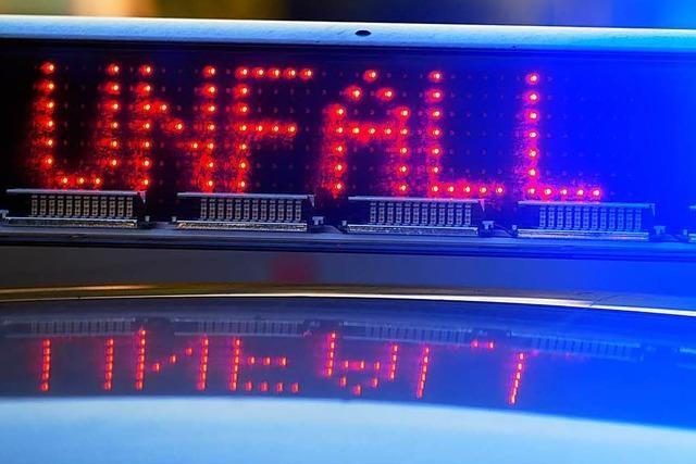 76-Jähriger Autofahrer bei Unfall auf der Lembergallee schwer verletzt