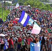 Die Karawane wächst und mit ihr der politische Ärger