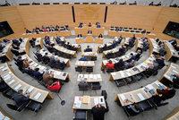 Landtagsfraktionen fordern Führungszeugnisse von Mitarbeitern – wegen der AfD