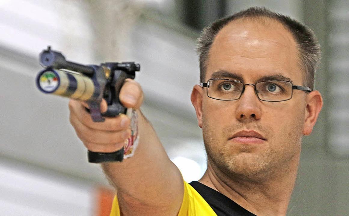 Erneut Sieger im Stechen: der Weiler Christian Schebesta  | Foto: Konzok