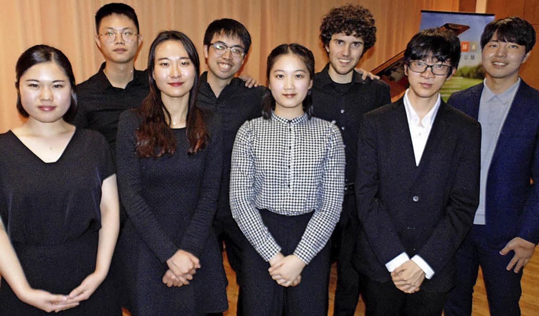 Gaben ein Konzert im Sigma-Zentrum (vo...Löchle, Ryo Yamanishi und Yeontaek Oh   | Foto: Michael Gottstein