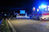 Auf der A 98 bei Lörrach überschlägt sich ein Auto und verursacht Schaden